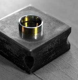 Ringe selber schmieden zum Geburtstag im Workshop